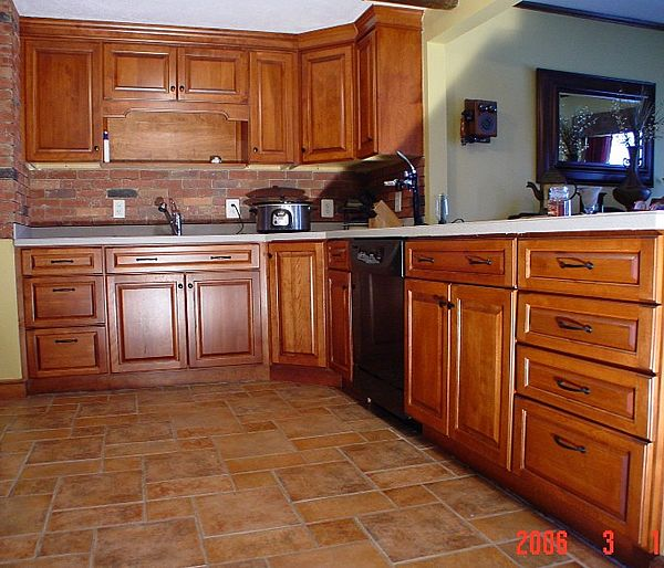 Kitchens birch cabinets newhairstylesformen birch for Birch kitchen cabinets