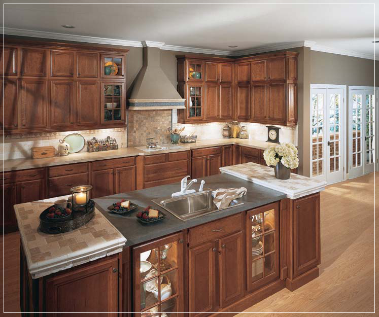 Tahoe cherry kitchen cabinets sienna cherry cabinets for Cherry bordeaux kitchen cabinets
